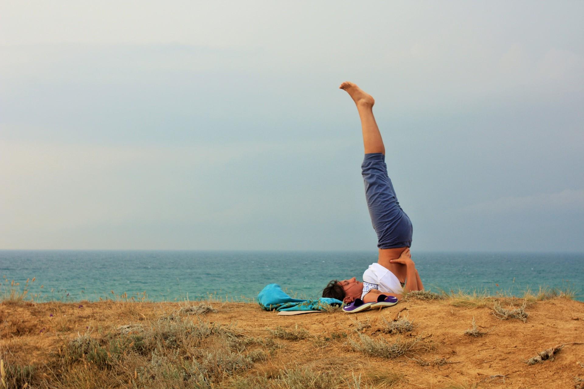 Жир на бедрах йога