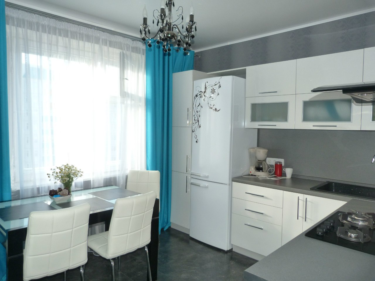 Кухня 12 кв м дизайн квадратная